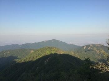 塔の岳から大山.JPG